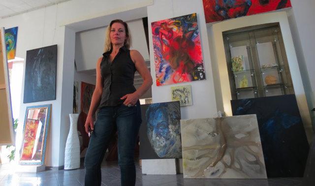 Lea Schock in ihrem atelier