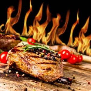 Ein leckeres Essen kann Bestandteil einer Ex-zurück-Strategie sein